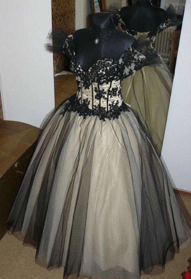 bd49ec157be svatební šaty » na objednání » princeznovské · svatební šaty » exkluzivní  kolekce